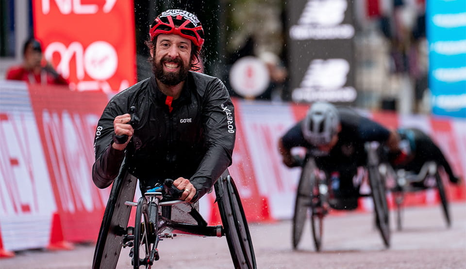 Brent Lakatos (CAN) wins the Men's Elite Wheelchair Race on The Mall