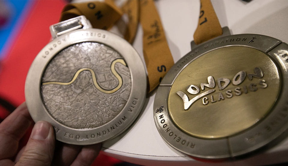 The front and back of the London Classics medal
